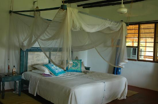 Matemwe Beach Village: Standard room by the beach
