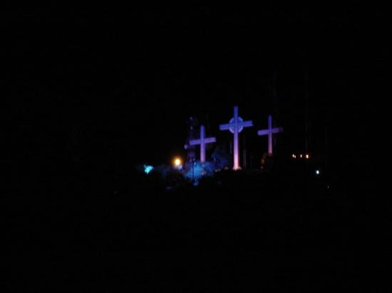 Cali Plaza Hotel: Three Crosses on Mountain ~ View from Cali Plaza