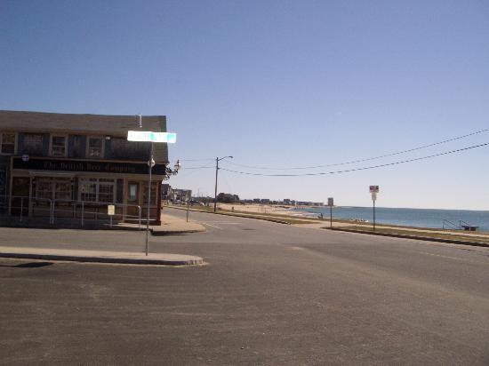 The Seaside Inn: the Pub