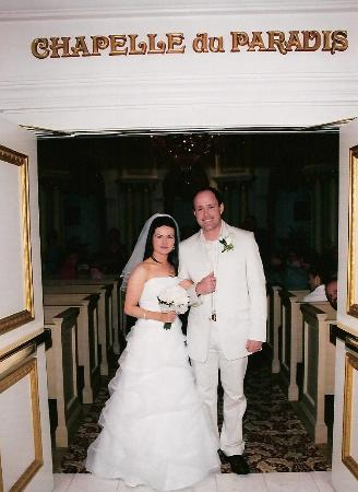 Paris Las Vegas Wedding Chapel Photo