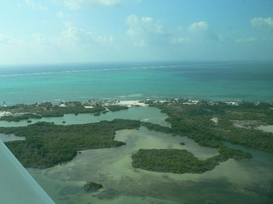 Xanadu Island Resort: aerial view