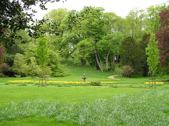 Coughton Lodge Guest House: Ragley Hall garden