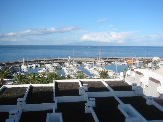 HOVIMA Atlantis: view over Puerto Colon