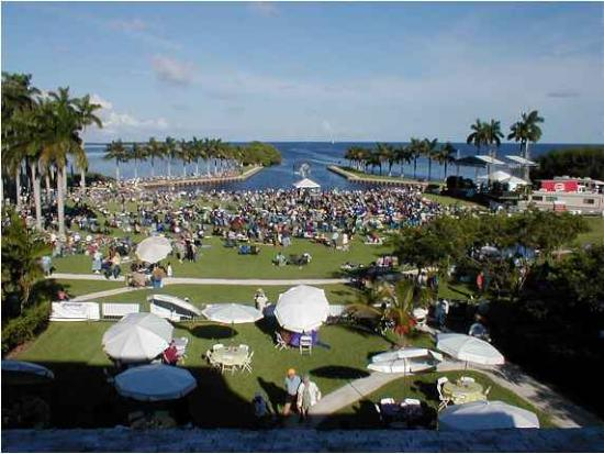 Deering Estate: a festival out on the lawn