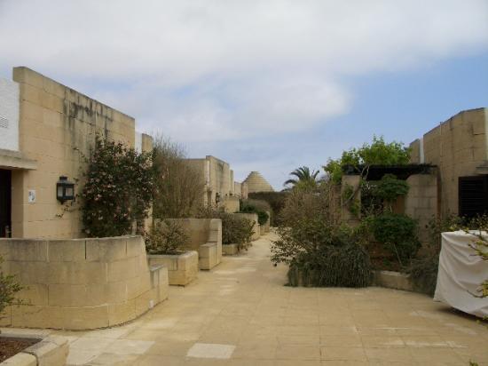 Hotel Ta' Cenc : outside