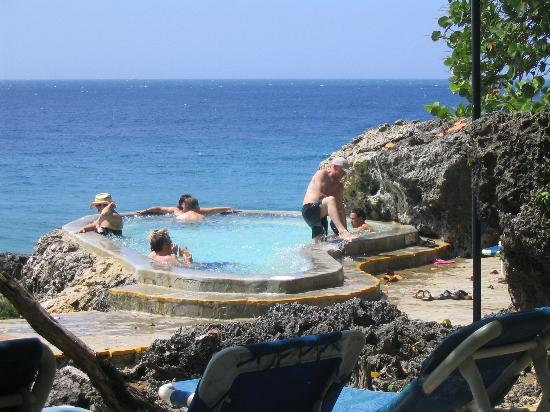 Casa Marina Beach Reef Jacuzzi At The