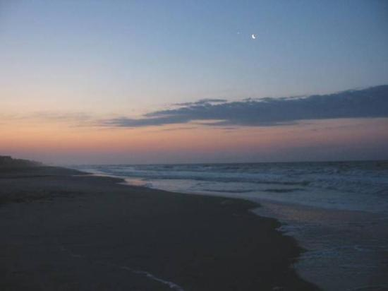 Pine Knoll Shores, Carolina del Norte: Right before sunrise
