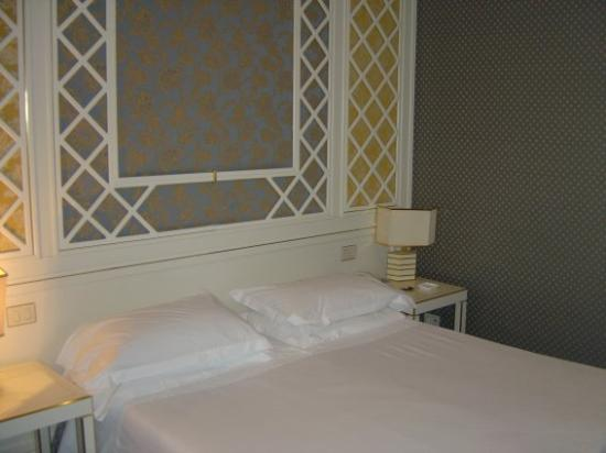 Hotel Dei Borgognoni Photo