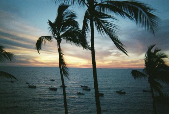 Emperador Vallarta Beachfront Hotel & Suites: Post Card View - From Hotel Room