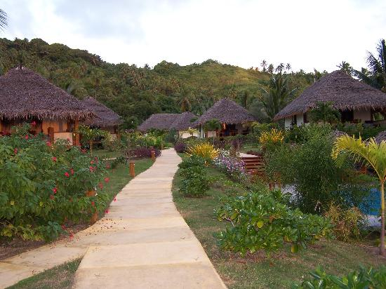 Etu Moana : View of Bungalows