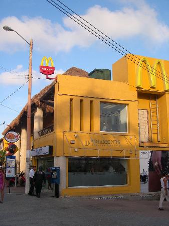Casa Freud: McDonalds and Diamonds- who would buy there?