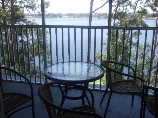 Marriott's Harbour Lake: Balcony set with Lake in background