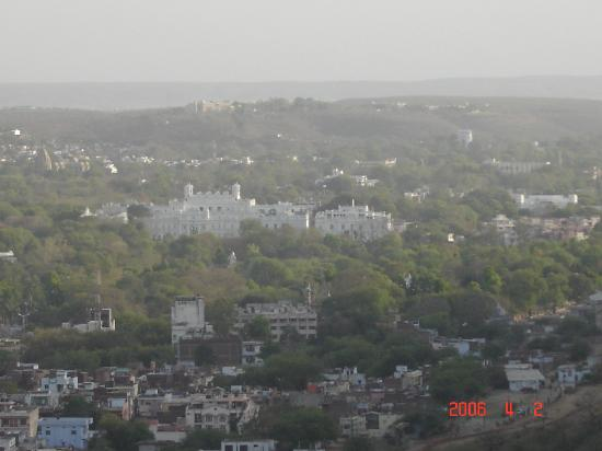 Taj Usha Kiran Palace, Gwalior : Gwalior from the fort