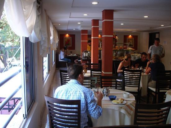 Hotel Del Rey: Dining room