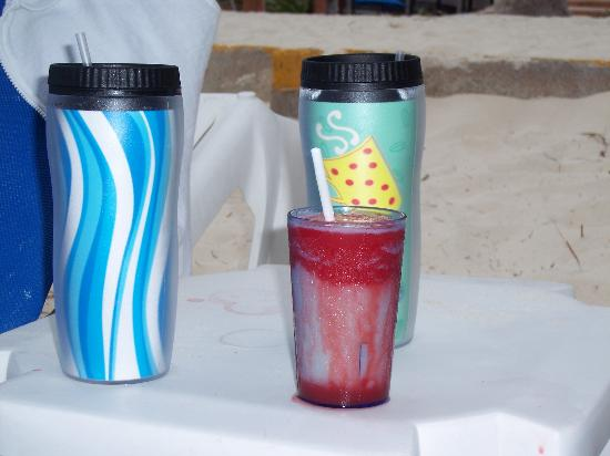 The Reef Coco Beach: Miami Vice + thermal cups which are a must!