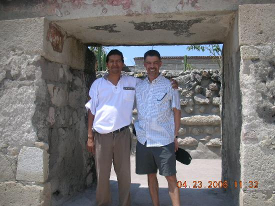 Oaxaca Ollin: Maro and I at Mitla