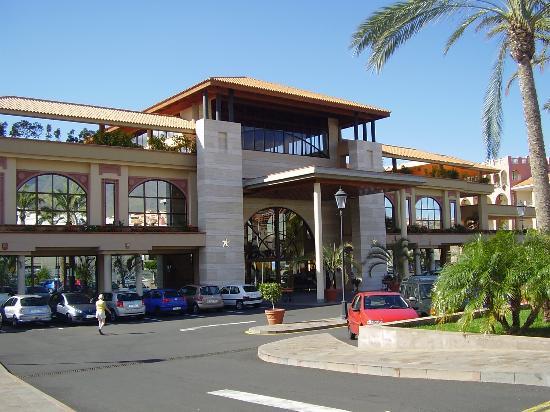 Iberostar Anthelia: front of hotel