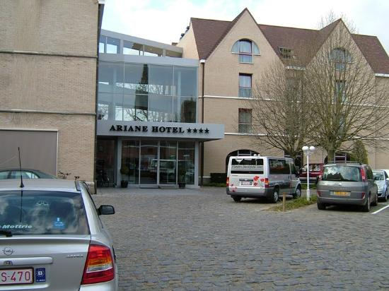 Ariane hotel: The hotel