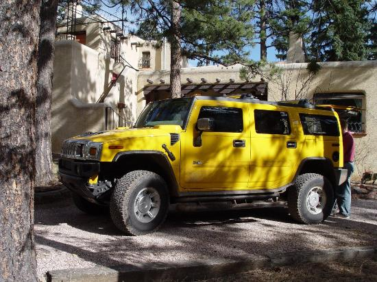 Adobe Inn at Cascade: Parked in Front of the Inn