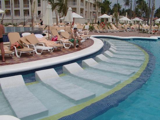 Hotel Riu Punta Cana Reviews