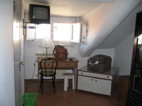 Artua & Solferino: Room #1