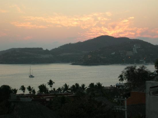 Villas San Sebastian : Sunset