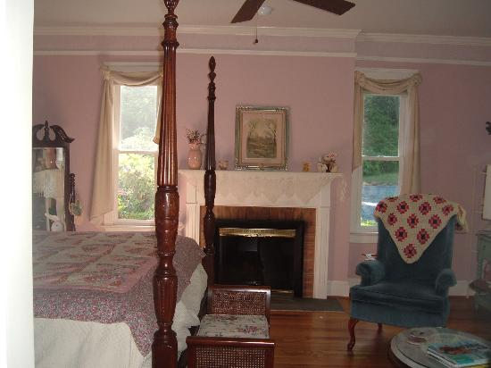 The Inn at Sugar Hollow Farm : Country Manor Room