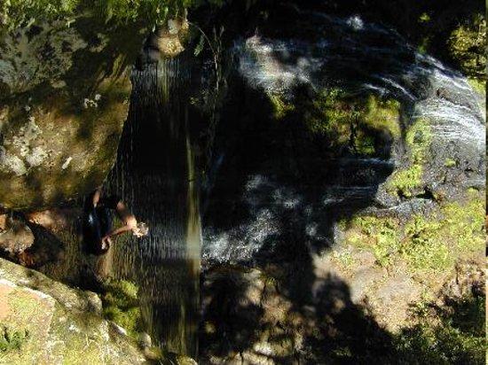 La Bonita Guest House: Waterfalls and swimming