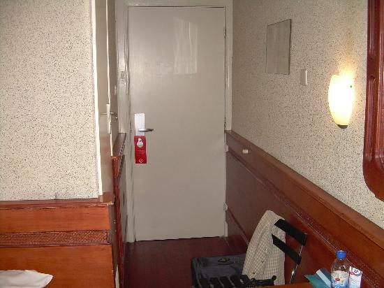 Hotel Manofa: Room2