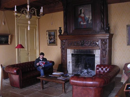 Chateau de Pramenoux : living room