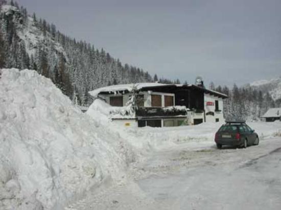 Zoldo Alto, Italy: rifugio passo duran