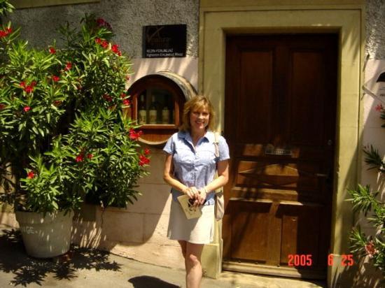 Geneva, Switzerland: Caveau in Rivaz