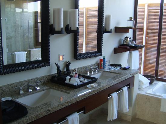 Fairmont Mayakoba: bathroom
