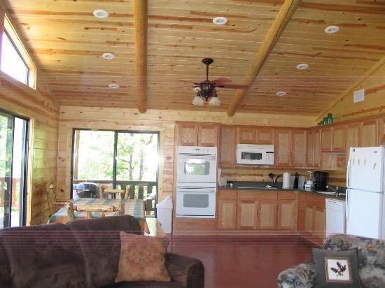 Pine Meadow Cabins: Everything we needed and more