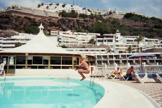 Rio Piedras Apartments: the pool