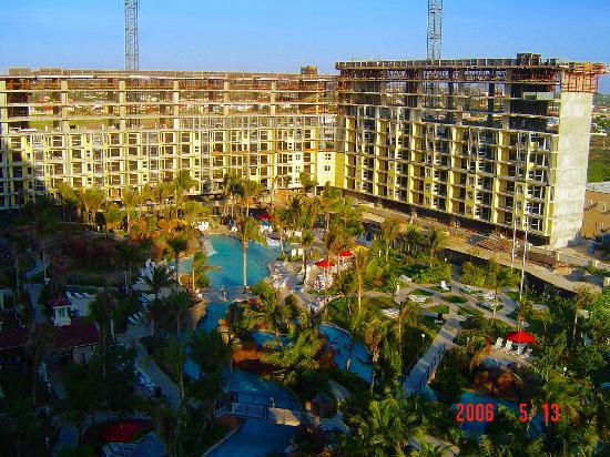 Marriott's Aruba Surf Club: Lazy River and new Construction