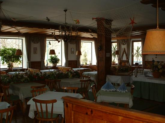 Fuschl am See, Østerrike: Dining Room