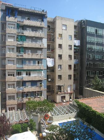 Hotel Gran Derby Suites: Neighborhood View