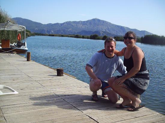 Asur Hotel & Aparts & Villas: Jane and Me On the Jetty