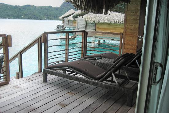 InterContinental Bora Bora Resort & Thalasso Spa: I could have spent all day here..