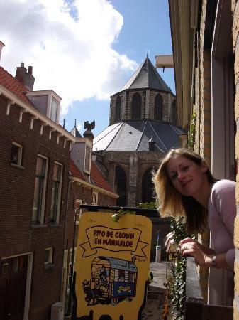 Hotel de Emauspoort: Nieuwe Kerk from Emauspoort