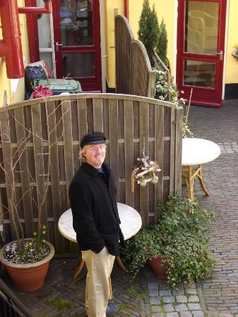 Hotel de Emauspoort: Emauspoort courtyard