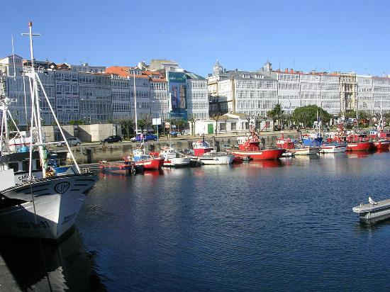 A Coruña, España: port of the city