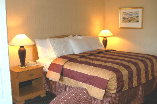 SilverWood Hotel & Conference Center