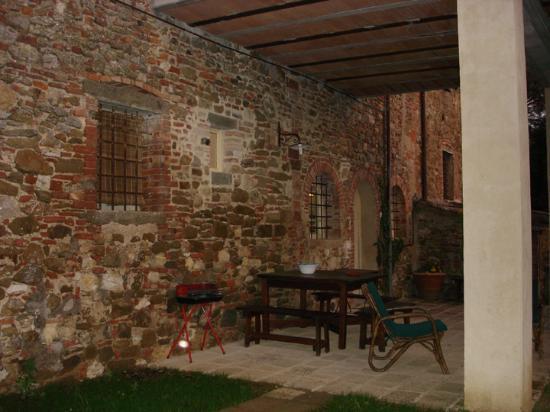 Lucignano, Italia: Front view of La Casetta