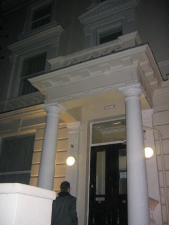 Travel House Foto