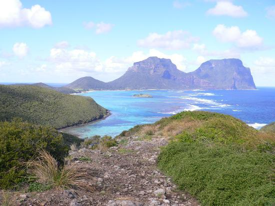 Lord Howe Island, Austrália: Looking rom the top of Mt Eliza across to Mt Gower