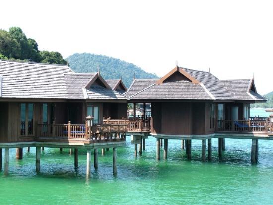 Pangkor Laut Resort: over water bungalows