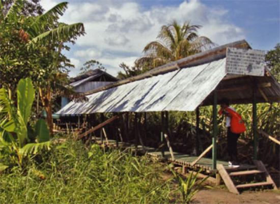 ExplorNapo Lodge: Yanamono Medical Clinic