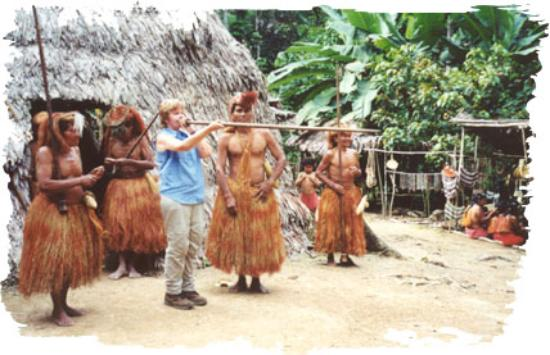 ExplorNapo Lodge: practicing with the Yagua Indians